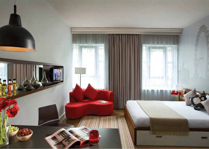 studio-apartment-interior-design-ideas-6-718x513