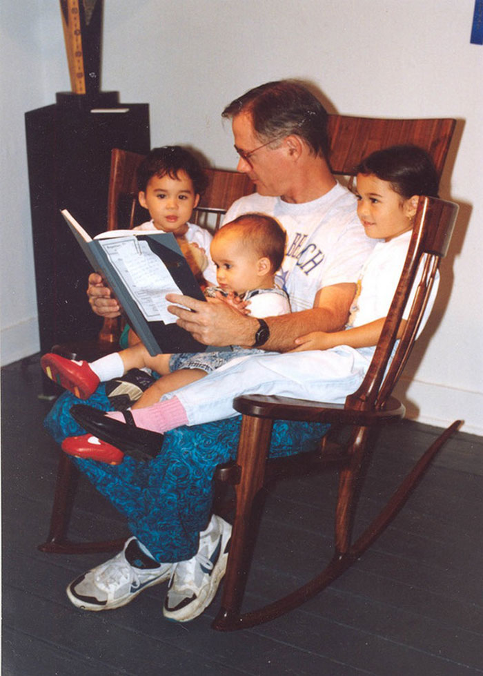 AD-Storytime-Rocking-Chair-07