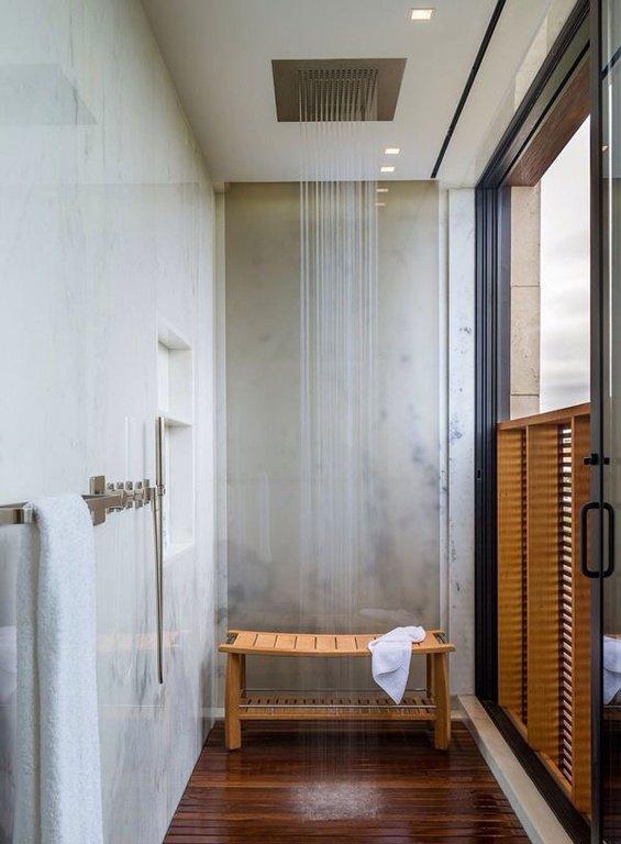 contemporary-master-bathroom-with-concrete-flooring-and-rain-shower-i_g-ISlu1sx1yy78wu0000000000-PZ5WO